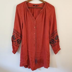 Blu Pepper red bohemian top with embroidery Small